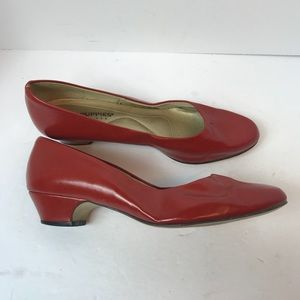 Hush Puppies Womens Red Heels. Size 8